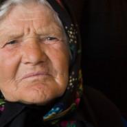 Idős csángó asszony - Klézse (Moldva)