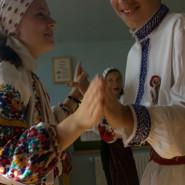 Táncoló gyerekek - Pusztina (Moldva)